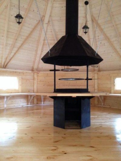 wnętrze domku grillowego 25