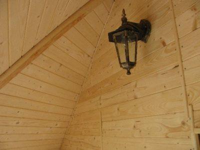 Wnętrze sauny ogrodowej z przedsionkiem 17 m