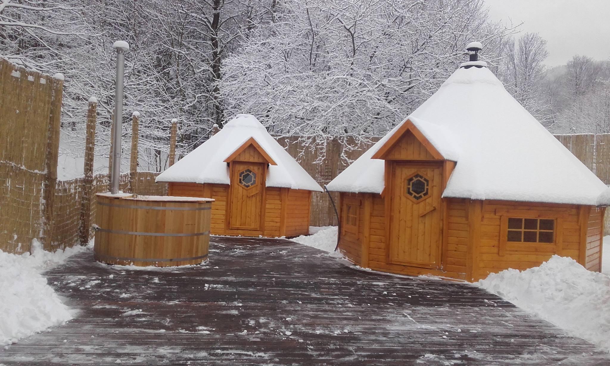sauny zewnętrzne w czasie zimy