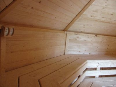 wnętrze sauny ogrodowej 17m